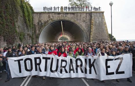 Torturas, España, Euskal Herria: 9.650 casos en los últimos 50 años, indultos.... 20121201_tortura
