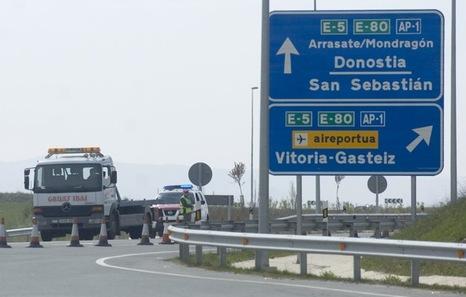 Autopistas: Beneficios veloces, peajes, subvenciones del Estado y administraciones, concesiones. Autopista