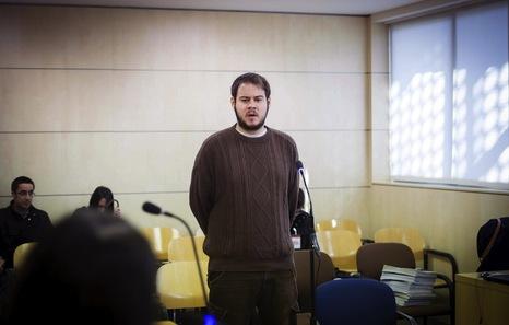 Encarcelado el rapero Pablo Hasél tras ser detenido por los Mossos en la Universidad de Lleida. Manifestaciones de apoyo y denuncia en distintas ciudades. 635300510208526529