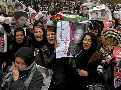 Afganistán: elecciones. Luchas políticas y militares. - Página 3 1012_mun_kabul