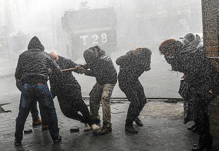 Kurdistán Norte [Turquía]: Represión, situaciones y conflictos. - Página 5 1230_mun_kurdos