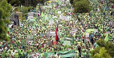 República Dominicana: Aumenta la renta y la cantidad de personas empobrecidas. 0718_mun_DOMINICANA