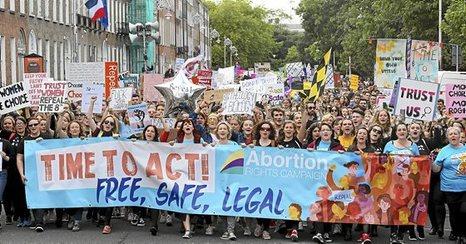 Leyes, aborto, natalidades y muertes de mujeres. - Página 3 1001_mun_irlanda