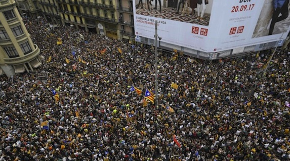 http://www.naiz.eus/media/asset_publics/resources/000/434/327/image_gallery/universitat2.jpg?1507030291