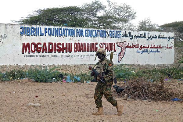 Somalia. Imperialismo  y  fuerzas capitalistas actuantes. Raíces de la situación. - Página 4 992_22_10