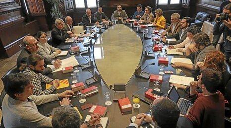"""Conflicto """"nacionalista"""" Catalunya, España. [2] - Página 12 0214_mun_Parlament"""