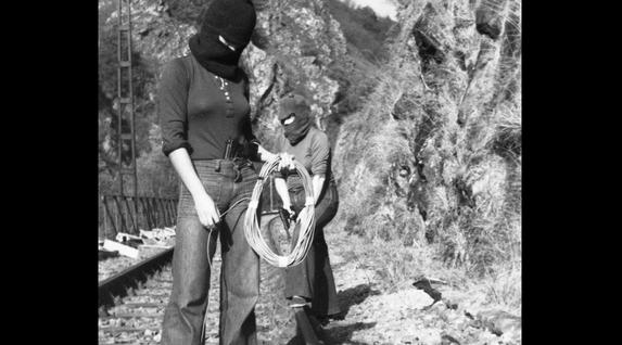 Militanteen prestakuntza militarra Ipar Euskal Herrian, 70. hamarkadan. Txalaparta argitaletxea