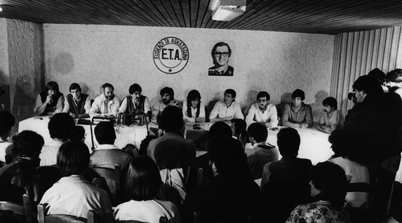 1982ko irailaren 30an iragarri zuen ETA pm-k bere desegitea. (La Gaceta del Norte Funtsa)