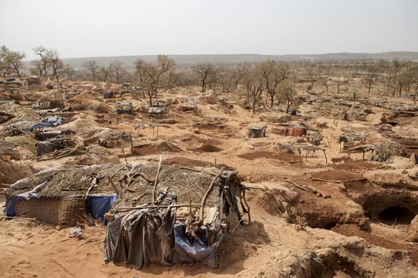 Senegal. Saint Louis, decenas de miles de menores... 1020_minas1