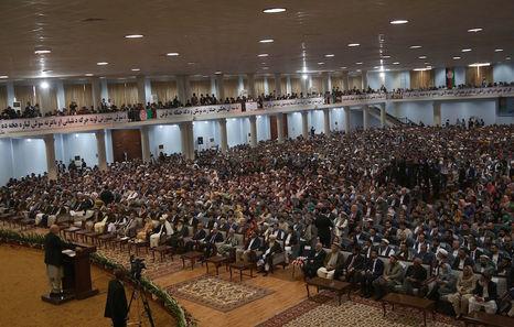 Afganistán: elecciones. Luchas políticas y militares. - Página 9 Loya_jirga