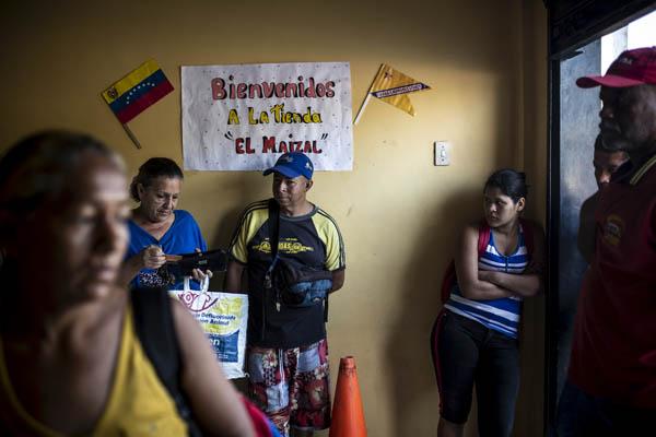 En Venezuela domina el capitalismo. - Página 38 069_venezuela08