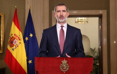 Estado español. Cientos de miles de cacerolas ahogaron en