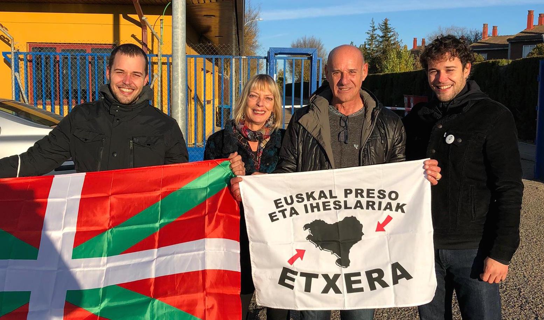 Tras 29 años y medio de prisión en 14 cárceles, el mondragonés Josu Arkauz es libre (EUS)