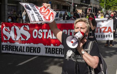 Hosteleros de Bizkaia reclaman ampliar el horario de cierre de sus negocios