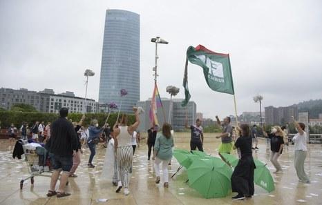 Guggenheim Museoko garbitzaileen soldata arrakalarekin amaitzeko hitzarmena aldarrikatu du ELAk