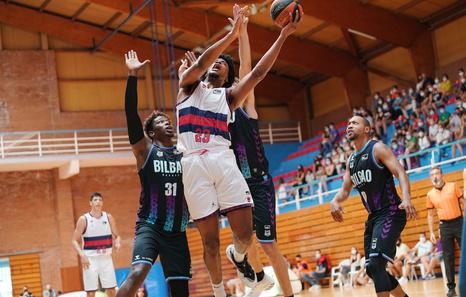 Los renovados Baskonia y Bilbao Basket inician la liga fuera de casa, en Valencia y en Badalona