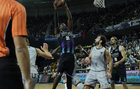 Bilbao Basket suma ante San Pablo Burgos su segundo triunfo de la temporada (87-81)